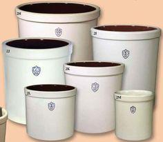 Ohio Stoneware - Products - Crocks & Pet Feeders