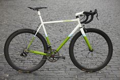 2014 Vanilla Workshop Speedvagen Road Machine, these bikes have the sexiest seat stays and love the colors.