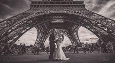 #ZdjęciaSłomińskiego  Sesja #ślubna #Paryż #Paris #EiffelTour #EiffelTower #Romantic #Love #FineArtWedding #Photography.  Chcielibyśmy aby nasze zdjęcia ślubne były niepowtarzalne pełne pasji i emocji  jedyne w swoim rodzaju emanujące miłością i romantyzmem.  Jak Wam się podoba to zdjęcie ? Jak nie macie pomysły na sesję ślubną to Paryż może być idealnym pomysłem.  Jak zorganizować sesję ślubną w Paryżu ? ...