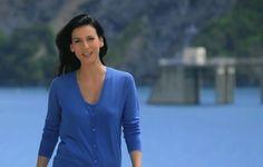 Marie Drucker au barrage de Serre-Ponçon le 16 décembre sur France 2. #myhautesalpes France 2, Provence, Blazer, Jackets, Women, Fashion, Mountains, Greenhouses, Down Jackets
