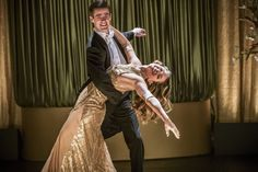 """Grant Gustin and Melissa Benoist in The Flash/Supergirl musical crossover """"Duets"""""""