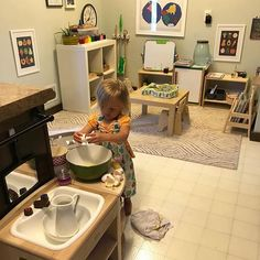 Montessori toddler making eggs Montessori toddler making eggs The post Montessori toddler making eggs appeared first on Toddlers Diy. Montessori Toddler Rooms, Montessori Bedroom, Montessori Preschool, Toddler Preschool, Childcare Rooms, Montessori Practical Life, Home Daycare, Home Learning, Learning Games
