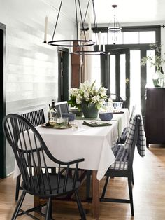 Rather than waste a wide hallway, reimagine it as a dining room. #decorating