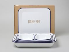 enamel ware bakeset, also look for the tumblers, and pie set. every anglophile needs some falcon ware!