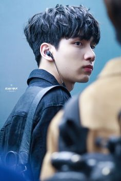 Incheon Airport 170217  Ruby Hyuk do not edit