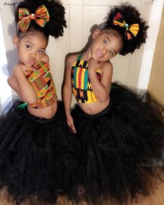 Kids of nowadays can pose for Africa! Below are some very cute pictures of the spectacular Trueblue Twins, Megan and Morgan, our kiddies style crush; Twin Baby Clothes, Twin Baby Girls, Black Kids Fashion, Cute Kids Fashion, Girl Fashion, Kids Braided Hairstyles, Little Girl Hairstyles, Toddler Hairstyles, Cute Girl Outfits