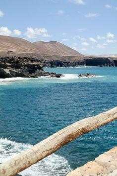►DeutschAnfang des Monats waren Sven und ich für 5 Tage auf Fuerteventura und haben von dort ganz viele Bilder, Eindrücke und auch ein paar Filmschnipsel mitgebracht. In meinen nächsten Beiträgen werde ich einige Fuerteventura- Empfehlungen und unser Urlaubsvideo zeigen, heute gibt es aber erstmal ein paar meiner Lieblingsbilder und Schnappschüsse von Outfits, die ich während …