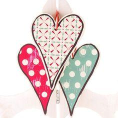 Decoración para boda - corazones de madera (3 unidades)