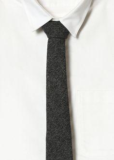 Minimal tie