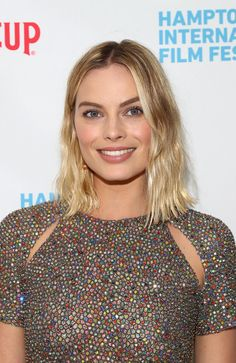 """Margot Robbie Photos - Actress Margot Robbie attends the red carpet for """" I, Tonya"""" at Guild Hall during Hamptons International Film Festival 2017 - Day Four on October 8, 2017 in East Hampton, New York. - Hamptons International Film Festival 2017 - Day 4"""