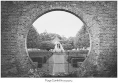 Country Weddings, Vintage Weddings, Reporatge Photography, Contemporary Weddings, Buckinghamshire, Berkshire, Hertfordshire, London Wedding Photography, Engagement and Pre-Wedding Shoots www.fayecornhillphotography.com