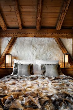 Rustic Bedroom- HIS  #CHOICEisYOURS    Les Fermes de Marie, Megeve