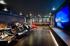 Top 70 Best Home Theater Seating Ideas - Movie Room Designs Top 70 Best Home Th. Top 70 Best Home Theater Seating Ideas – Movie Room Designs Top 70 Best Home Theater Seating Ide Best Home Theater, Home Theater Rooms, Home Theater Design, Home Theater Seating, Cinema Room, Theater Seats, False Ceiling Design, Office Light, Luxury Houses