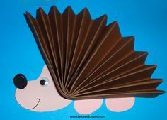 New origami for kids fall Ideas Fun Activities For Kids, Art Activities, Baby Crafts, Crafts For Kids, Origami Rose Box, Hedgehog Craft, Kindergarten Projects, Pink Christmas Decorations, Origami Decoration