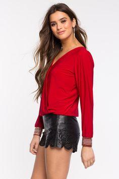 Блуза Размеры: S, M, L Цвет: кремовый, черный, кофе с молоком/хаки, красный Цена: 1353 руб.     #одежда #женщинам #блузы #коопт