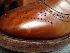 When it comes to wardrobe investment pieces, is there a difference between well developed patina and intentional destruction? Tweed Men, Allen Edmonds, Dress With Boots, Destruction, Fitness Fashion, Iron, Shoes, Style, Swag