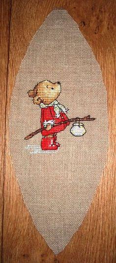 Cute little Xmas bear X-stitch