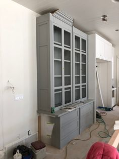 Painting Our Home with Benjamin Moore - Pink Peonies by Rach Parcell Grey Kitchen Walls, Kitchen Wall Colors, Grey Kitchens, White Walls, Blue Gray Paint, Grey Paint Colors, Paint Colors For Home, House Colors, Blue Grey
