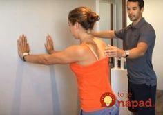 """Rada od fyzioterapeuta z Rakúska, zabrala mi neskutočne rýchlo: Záchrana pre každého, koho bolí medzi lopatkami a bolesť mu """"strieľa"""" do celého tela! Tight Neck, Fit Motivation, Sciatica, Organic Beauty, Excercise, Back Pain, Detox, Pilates, Cardio"""