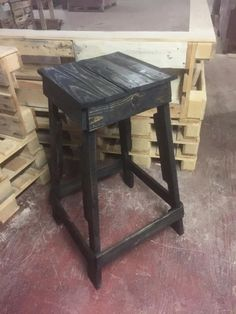 Rustic Black Pallet-Made #Stool - 14 Creative Pallet Furniture Ideas | 101 Pallet Ideas
