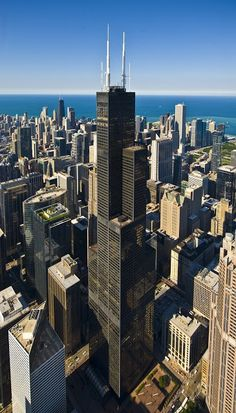 Willis Tower Chicago - Skydeck - Brooklyn Berry Designs