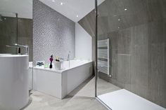 Hotel Wieringermeer | Champagnesuites ! Tevens geleverd voor de standaardkamers de 'pearls white 33,3x100' van Venis.