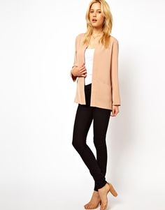 A great relaxed fit blazer that still gives a smart look