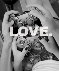 gamer couples want this! We could be this but you have Xbox #fail ...Lmaoo still cute #teamplaystation