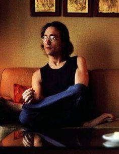 John Lennon                                                                                                                                                      もっと見る