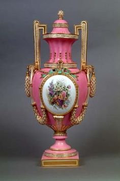 Coalport Porcelain Vase and cover c.1860. Shrewsbury Museums Service....I love you!
