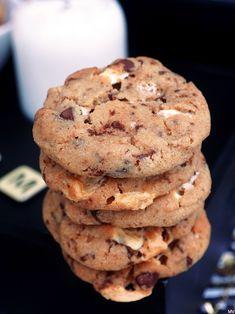 SITKEÄT VAAHTOKARKKI-SUKLAAKEKSIT   Kaakao kermavaahdolla Sweet Cookies, No Bake Cookies, Yummy Cookies, No Bake Cake, Vegan Desserts, Dessert Recipes, Sweet Bakery, Healthy Treats, Love Food