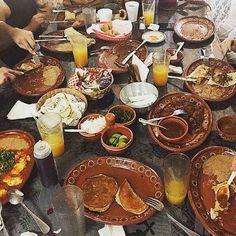 Desayuno familiar en La Cocina de Doña Esthela toda una tradición con su sazón único! Conocelo en Valle De Guadalupe! Aventura por thelittleblacktravelbook