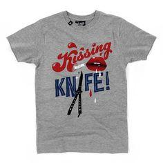 Hektik Streetwear X KID CRAP | Kissing The Knife T-Shirt #hektik #crap #kidcrap #butterfly #knife #streetwear #fashion #urban #streetart #graffiti #style #grey #tag Butterfly Knife, Kids C, Kissing, Streetwear Fashion, Rap, Graffiti, Street Wear, Mens Tops, T Shirt