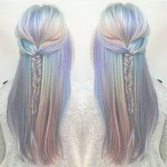 (Fuck you because I want your hair but mine's too dark and fragile to do anything with even straightening it causes little hair tidbits to fly off so I reiterate fuck you mermaid bitch) i think the same!!