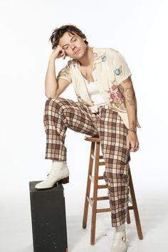 Harry Styles Snl, Harry Styles Baby, Harry Styles Pictures, Harry Edward Styles, Harry Styles Fashion, Beautiful Boys, Pretty Boys, Four One Direction, Looks Instagram