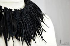 Leder-Fransen-Collier, Kette mit Holzperlen - ein Designerstück von A-Little-Fashion