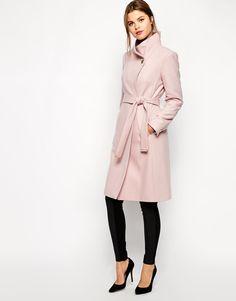 Le manteau dhiver rose : 15 modèles qui vont parfaire votre look