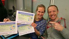 Trotse docenten van AOC Terra in Eelde met hun bewijs van deelname aan de training Leerkracht & Sociale media.   Dit was de eerste training van een project met de zeven VMBO scholen van AOC Terra waarin Social Media Wijs leerkrachten, leerlingen en ouders voorlicht over sociale media.