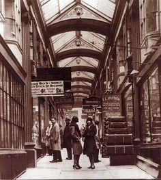 The lower arcade Bristol England, Bristol Uk, England Uk, Bristol City Centre, Bristol Street, Old Pictures, Old Photos, 1920 London, Bristol Fashion