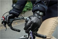 narifari leather bike gloves Hands On Cycling Gloves, Cycling Gear, Mtb Gloves, Cycling Equipment, Gm Crate Motors, Longines Watch Men, Mountain Bike Gloves, New Bronco, Classic Ford Broncos