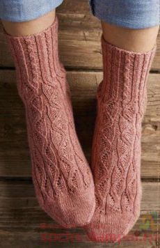 22 Ideas For Crochet Mittens Women Ideas Crochet Socks Pattern, Crochet Mittens, Crochet Slippers, Knitting Socks, Knit Socks, Crochet Baby Clothes Boy, Crochet Baby Jacket, Crochet Skirt Outfit, Crochet Patterns Free Women