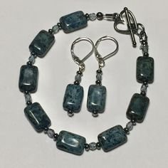 Jet Picasso Black/Blue Rectangular Pillow Czech Glass table beads bracelet and earrings, gray/blue glass faceted round beads and gunmetal btwn