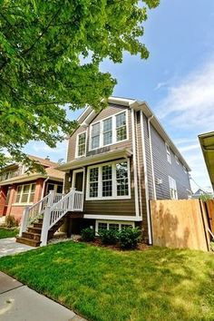 3841 N Richmond St, Chicago, IL 60618 - Home For Sale and Real Estate Listing - realtor.com®