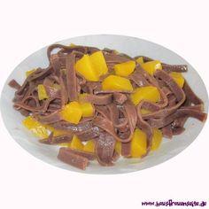 Schokonudeln mit Pfirsichen - Kinderrezept  für Kinder Klasse: Schokonudeln mit Pfirsichen