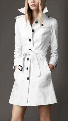 Burberry White Trench December 2017