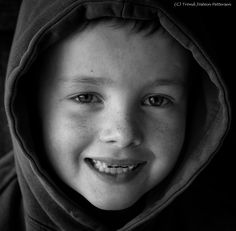 Monocrome Resonance is a personal world of perseption and monocrome Expressions. Cucumber, Portraits, Head Shots, Portrait Photography, Zucchini, Portrait Paintings, Headshot Photography, Portrait