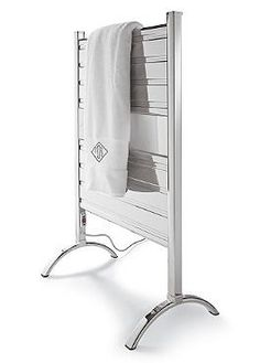 Make every bath experience a comfortable and enjoyable one with the Heated Towel Warmer that features an efficient tubing design that evenly dries and heats your bath towels.
