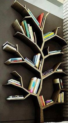 Bekijk de foto van Evieb met als titel Leuk idee voor je boeken..   Een Boekenboom  en andere inspirerende plaatjes op Welke.nl.
