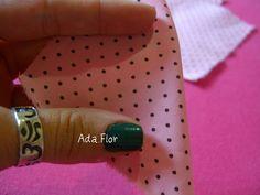 Rosa de Fuxico - PAP 2 | Flickr – Compartilhamento de fotos! -  Dobre ao meio formando um triângulo.