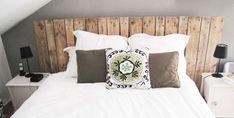 Bed Pillows, Pillow Cases, Architecture Design, New Homes, Design Inspiration, House Design, Wood, Pallette, Home Decor